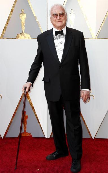 James Ivory en su paso por la alfombra roja de los Premios Óscar
