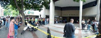 La Policía Nacional Bolivariana dispuso de un operativo especial de seguridad ante la gran afluencia de personas / Foto: Alfredo Jimeno