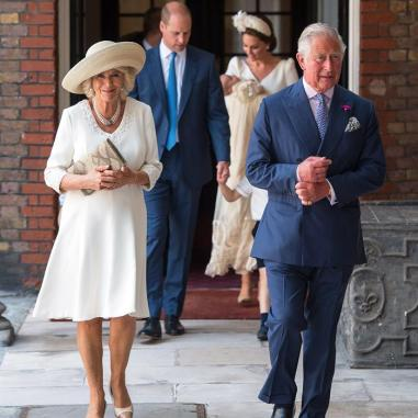 principe Carlos esposa