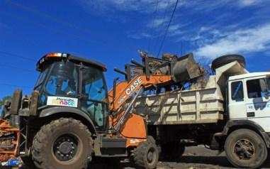 Varios equipos pesados fueron puestos en funcionamiento