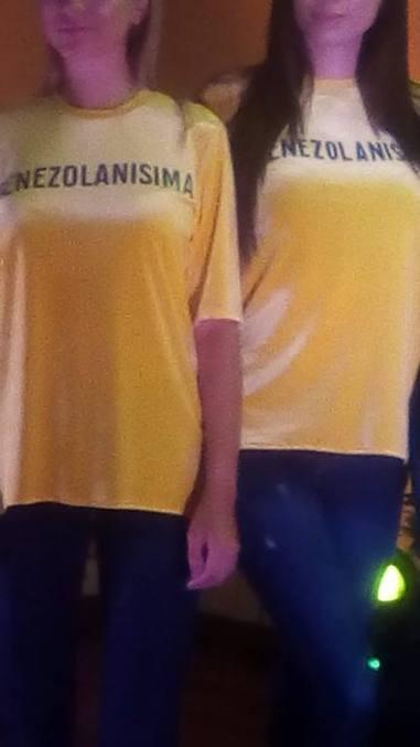 El amarillo resaltó en varias versiones/foto: @mafergon