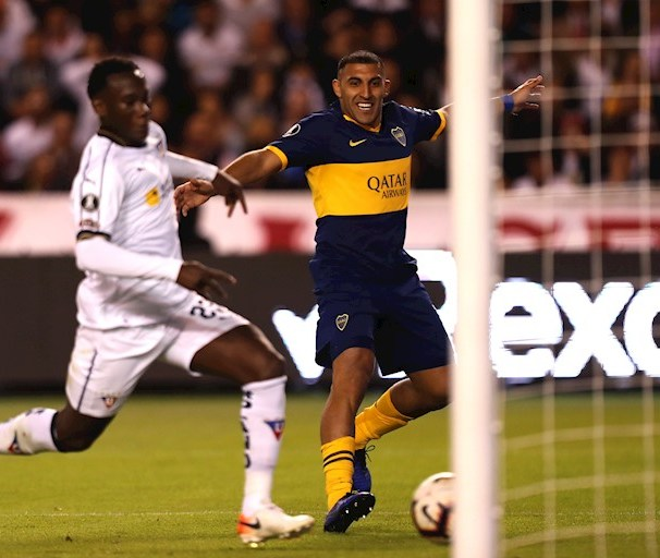 Ramón Abila de cara al arco de la Liga de Quito