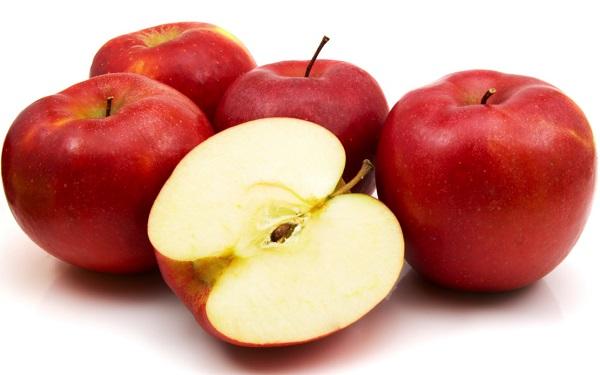 الطريقة الصحيحة لحفظ التفاح والطماطم