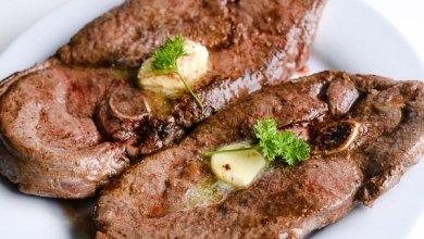 Photo of طريقة شوي لحم الغزال بالفرن بأبسط طريقة