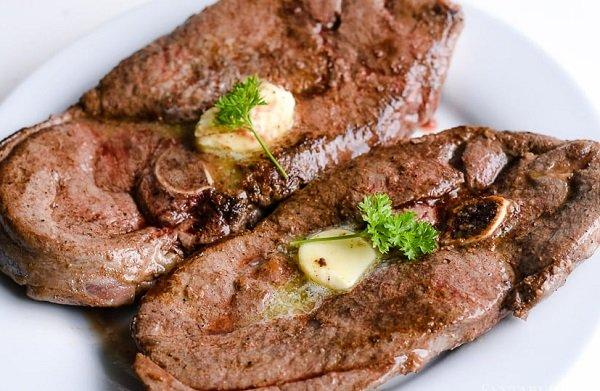 طريقة شوي لحم الغزال بالفرن