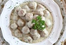 Photo of طريقة عمل كرات اللحم بالصوص الأبيض