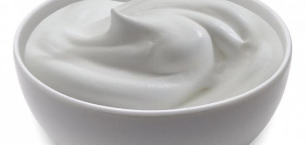 اهمية اللبن للعناية بالبشرة الدهنية