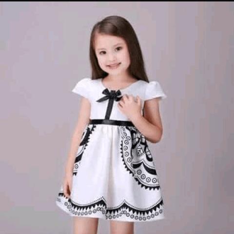 أزياء فساتين أطفال بالصور