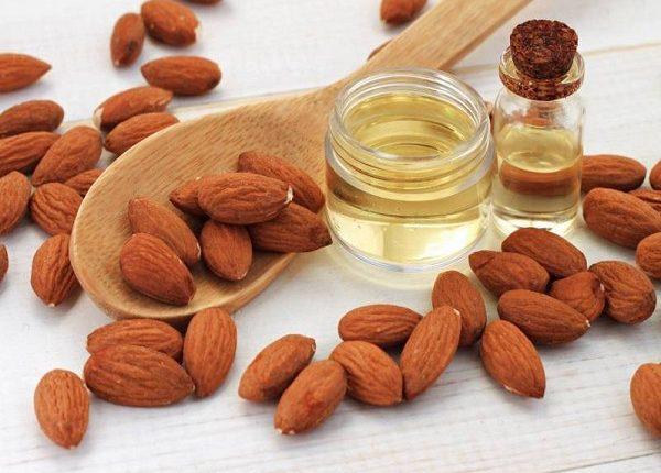 الاستخدامات العلاجية لزيت اللوز المر