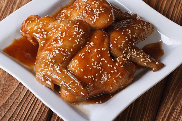 طريقة عمل أجنحة الدجاج بالعسل