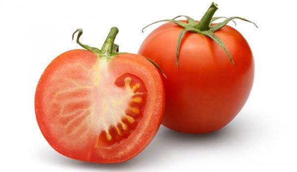 طريقة عمل ماسك الطماطم لتفتيح البشرة