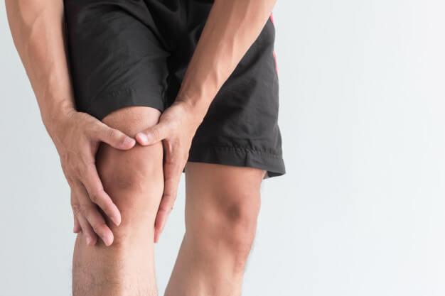 اعراض خشونة الركبة وعلاجها بالاعشاب