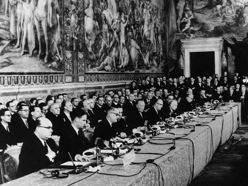 pp-eu-rome-treaty-getty Εις βάθος - Ποιος βάζει τους Κανόνες