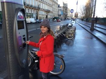 Tentando comprar algumas horas de passeio de bike...
