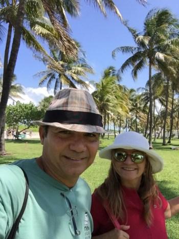 Caminhando pela orla de Miami Beach