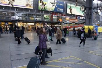 Na estação de trem de Munique para pagar um trem rumo a Suiça!