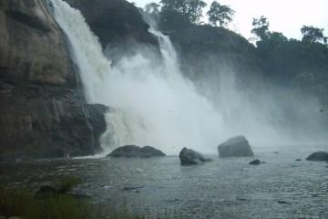 Athirapalli Falls India's Top 15 Destinations