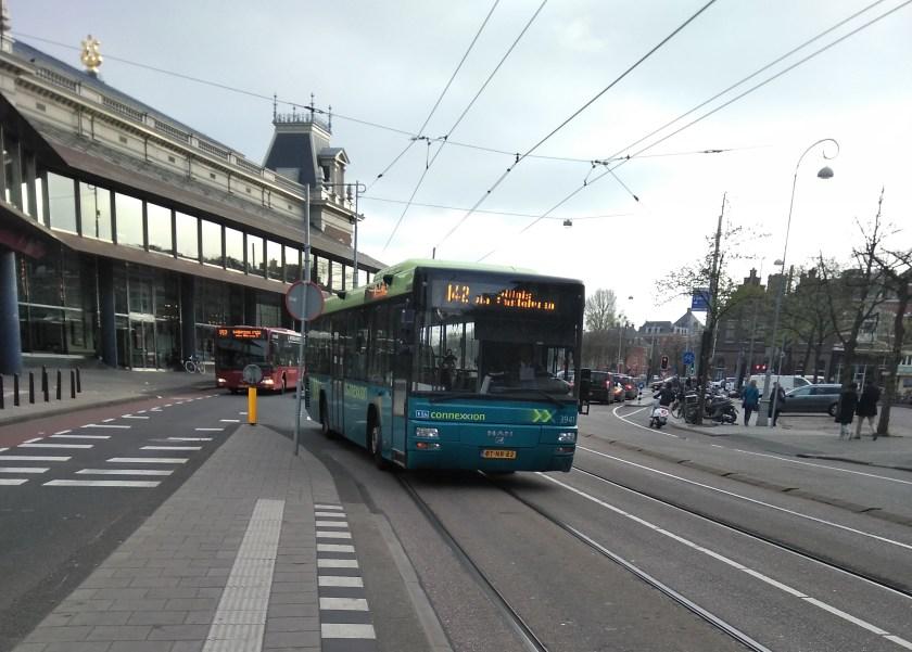 Amsterdam Connexion Bus