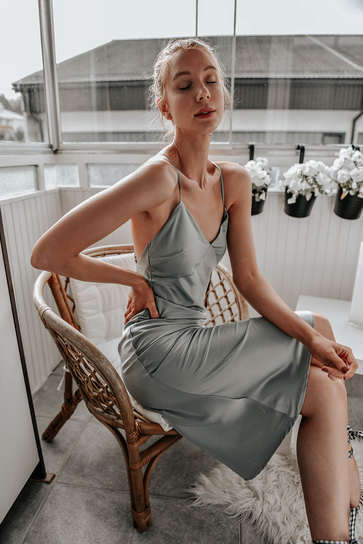 Satin midi dress Nasty Gal