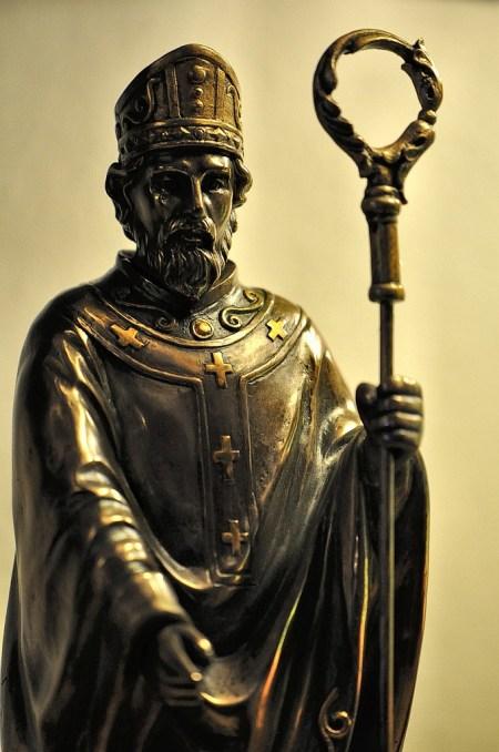 St. Patrick als Bronzestatue