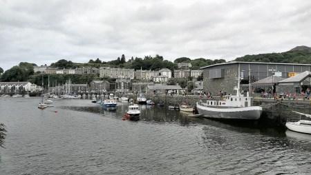 Der kleine Hafen von Porthmadog (Foto: Martin Dühning)