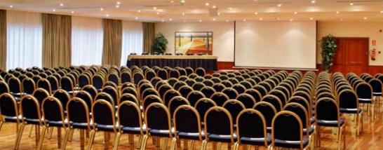 Salones del hotel Meliá barajas en Madrid