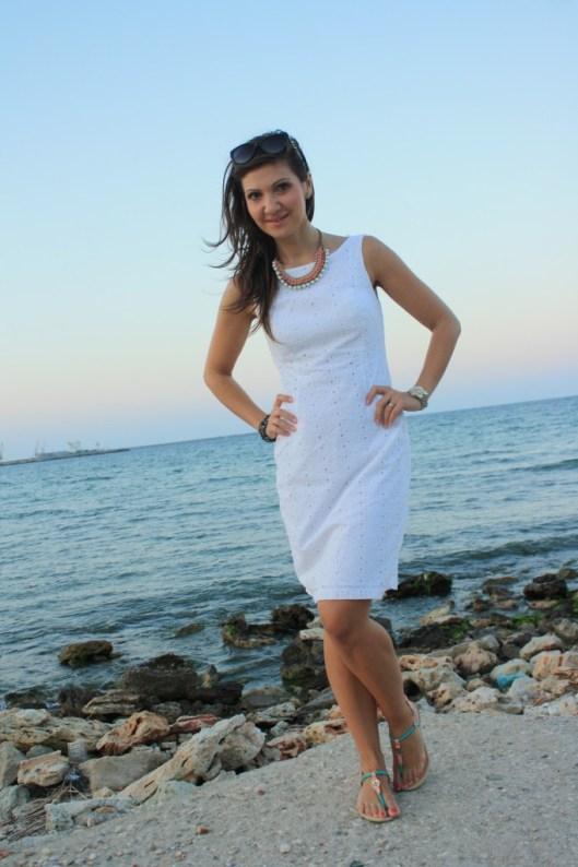 rochie alba - tinuta casual