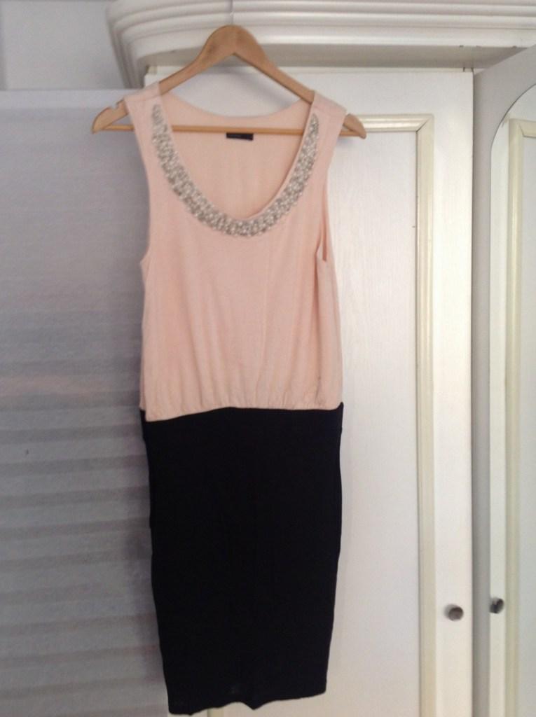 Shop Natalia's warderobe
