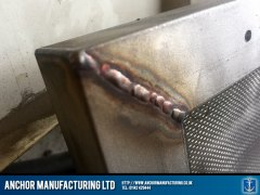 Air conditioning filter mesh frame weld
