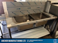Customised kitchen double sink unit design