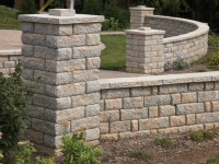 Anchor Highland Stone: Freestanding Stone Wall Blocks