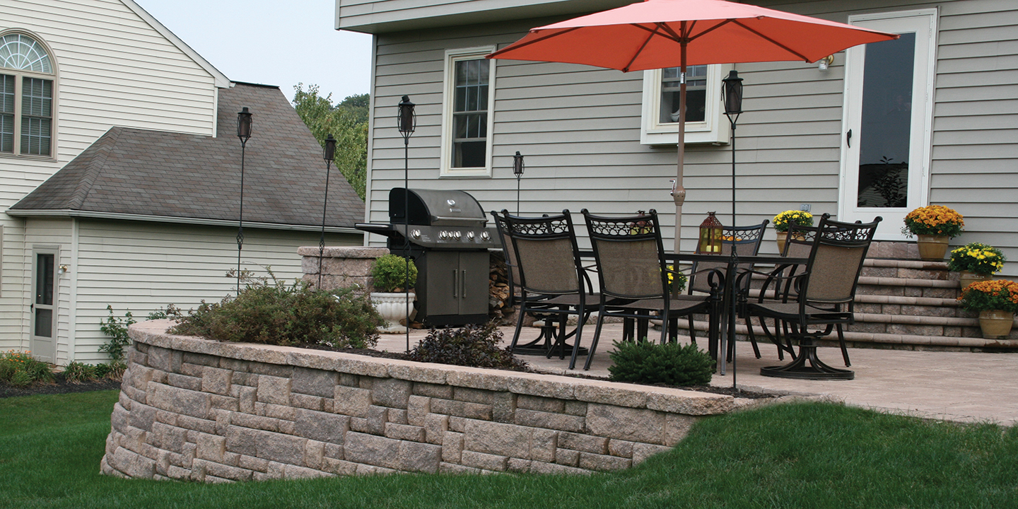build a retaining wall with block units