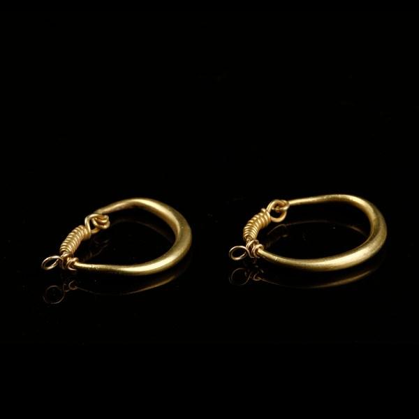 Roman Pair of Gold Loop Earrings