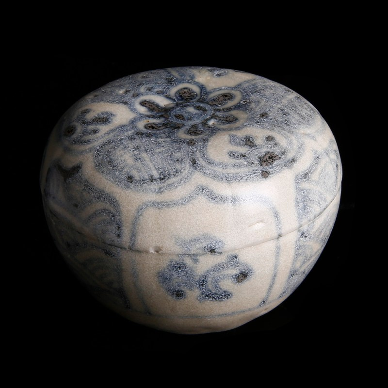 Porcelain Box from the Hoi An Shipwreck