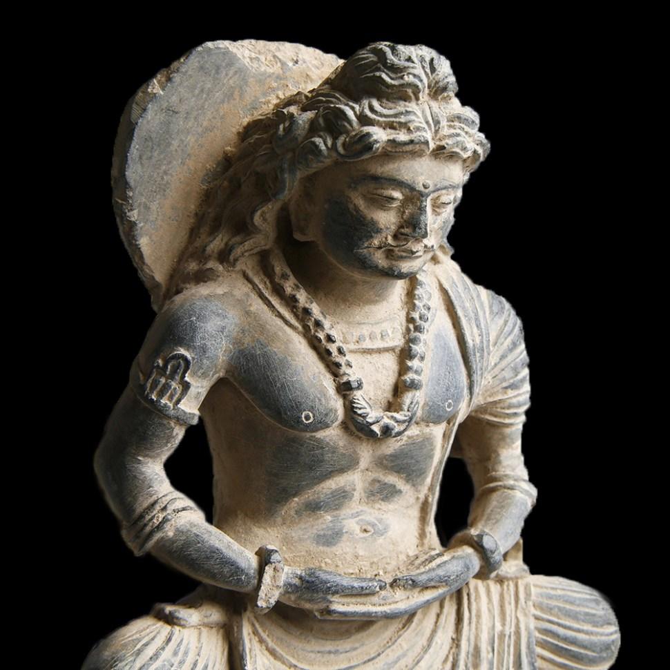 gandhara buddha maitreya statuette 4