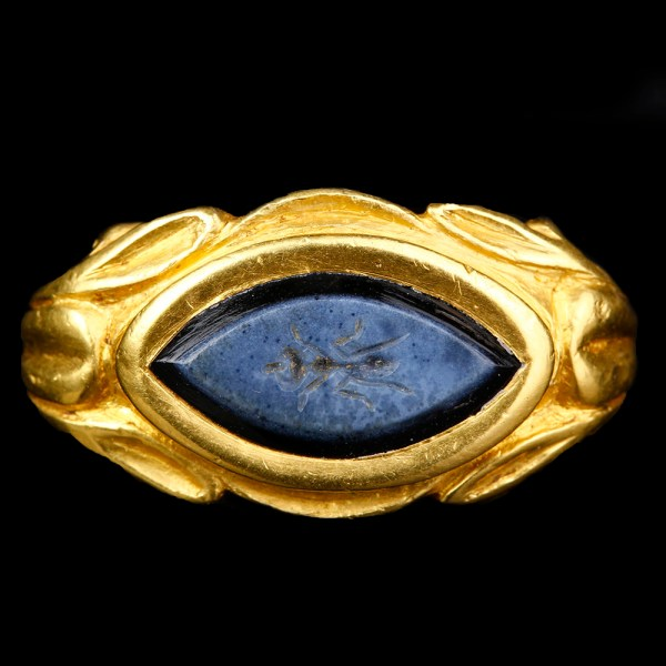 Ancient Roman Solid Gold Ring with Nicolo Intaglio