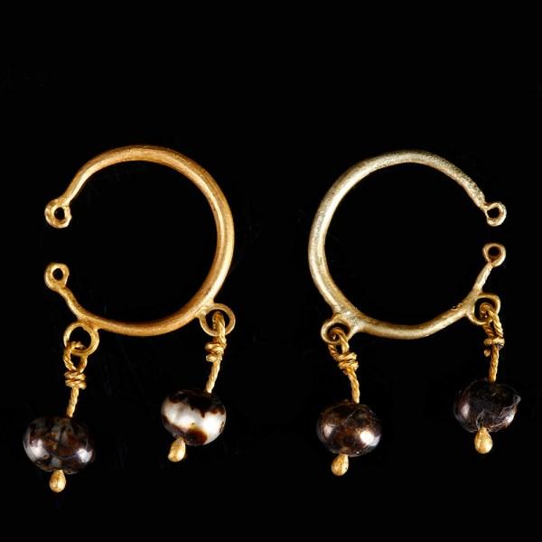Roman Gold Hoop Earrings with Pearls