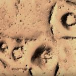"""Estas imágenes de la NASA revelan rastros de """"ciudades amuralladas"""" en Marte?"""