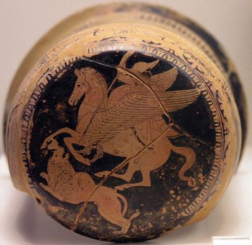 Belerofonte, a lomos de Pegaso, alancea a la Quimera. Epínetro de cerámica ática de figuras rojas (425 a. C. – 420 a. C.) (CC BY-SA 2.5)