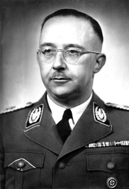 Heinrich Himmler envió a Nepal al profesor alemán Ernst Schäfer en busca del Yeti. (Bundesarchiv, Bild 183-S72707 / CC-BY-SA 3.0)