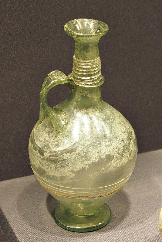 Jarra de vidrio romana procedente de Hispania. Museo de Valladolid, España. (L. Fdez./CC BY-SA 2.1)