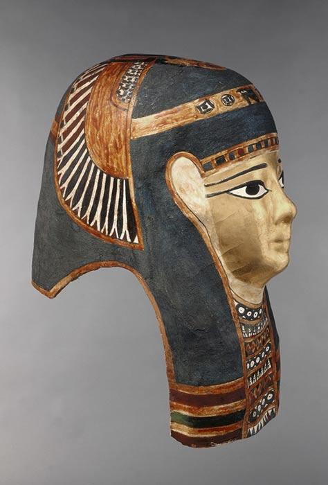 Máscara del antiguo Egipto pintada con Azul Egipcio. Museo de Arte de Indianápolis. Fotografía aportada por Simon Lewis