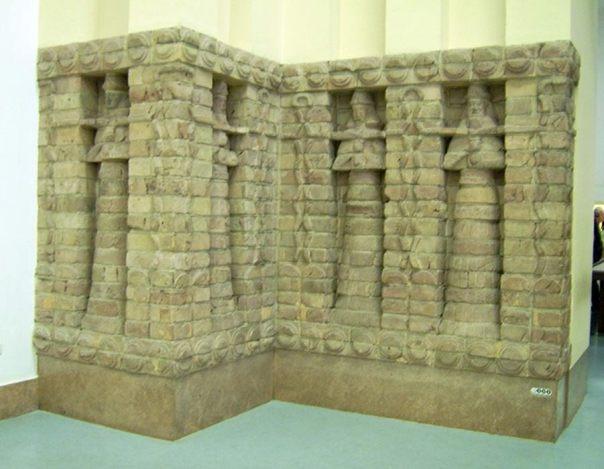 Parte de la fachada del templo de Inanna. (CC BY-SA 3.0)