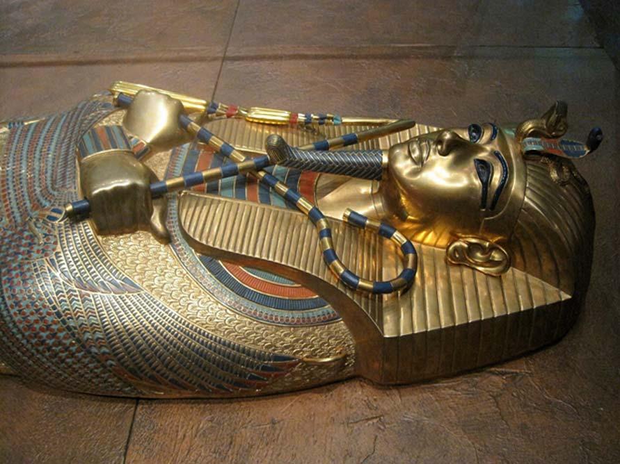 La magnífica tapa del ataúd de Tutankamón. (Public Domain)