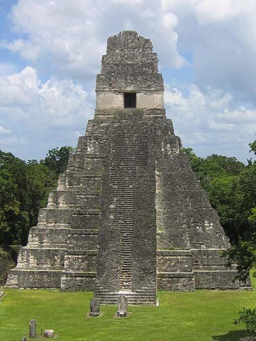 Templo de Tikal, Guatemala. (CC BY-SA 2.5)