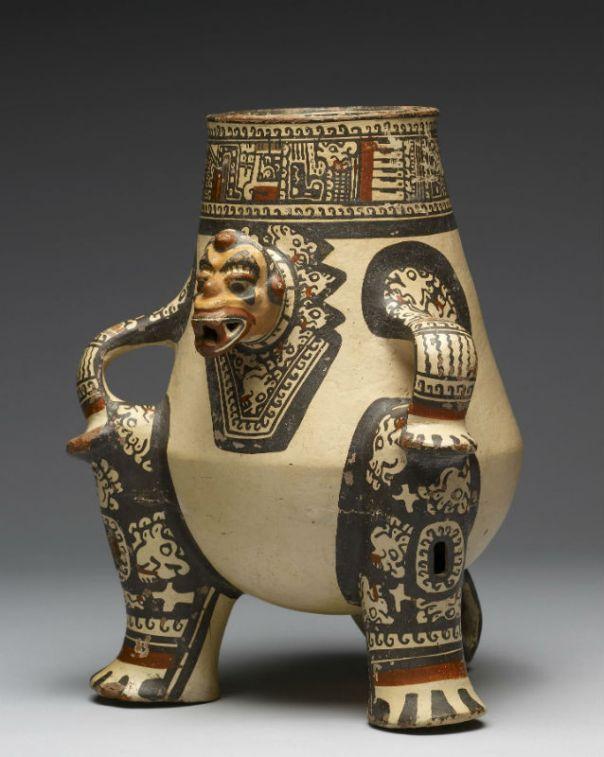 Vasija chorotega hallada en el Valle del Tempisque (Nicoya), 1000-1350 d. C. Esta pieza cerámica representa a un chamán transformado en jaguar, su animal totémico. (Public Domain)