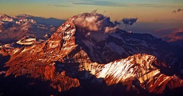 Portada - La cordillera de los Andes al atardecer (CC BY 2.0)