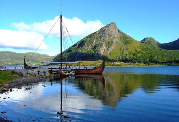 Viking-ship-Norway.jpg