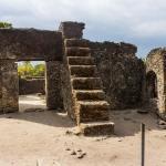 Son las Viejas Tumbas de Kaole en Tanzania Remediables?