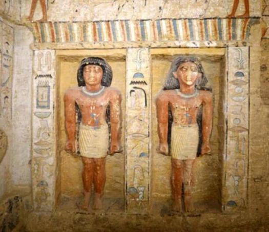Estatuas en la tumba de Wahtye. Crédito: Ministerio de Antigüedades de Egipto.